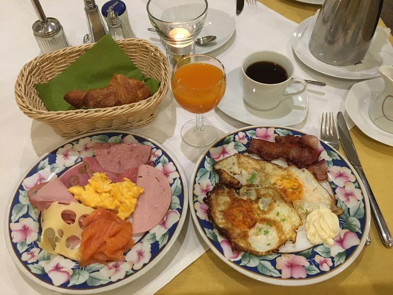 ニュルンベルク朝食.JPG
